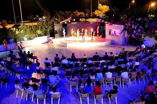 اجرای نمایش های مختلف در هتل 5 ستاره سی لایف آنتالیا