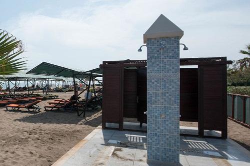 ساحل اختصاصی هتل ۵ ستاره ونیزیا پالاس آنتالیا
