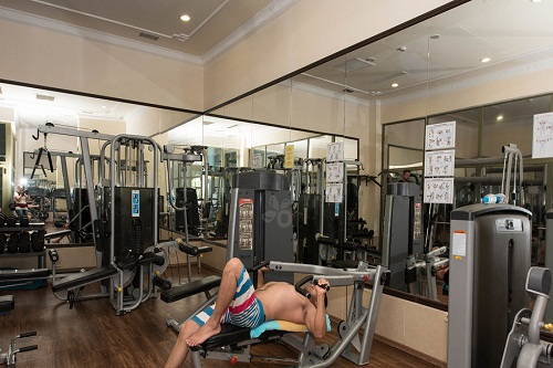 سالن تناسب اندام در سالن ماساژ هتل ونیزیا پالاس