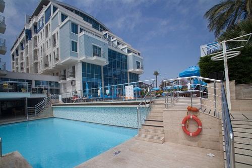 استخر اصلی هتل 5 ستاره سی لایف آنتالیا