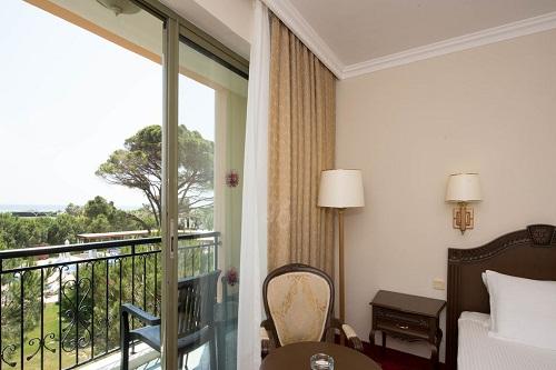 امکانات اقامتی اتاق های استاندارد هتل ونیزیا پالاس