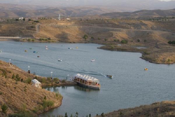 دریاچه چالیدره طرقبه مشهد