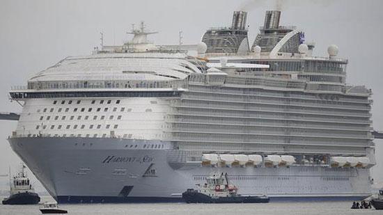 گشت و گزار با بزرگترین کشتی تفریحی