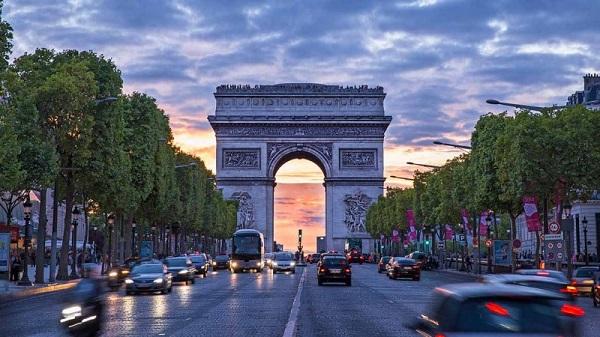 طاق پیروزی Arc de Triomphe 