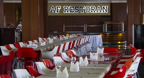 رستوران داخلی هتل آف باکو