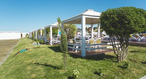 تخت های رستوران هتل آف باکو