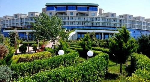 فضای سبز هتل آف باکو