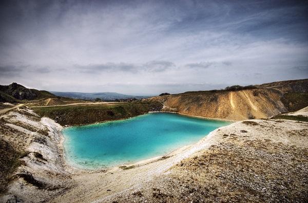 تالاب آبی سمی ترین دریاچه جهان