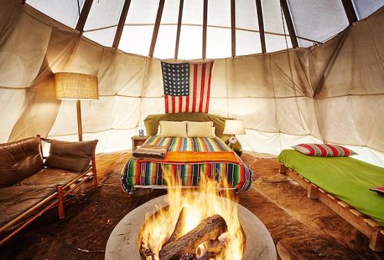 اقامت گاه El Cosmico در صحرای تگزاس