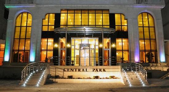ورودی هتل سنترال پارک باکو