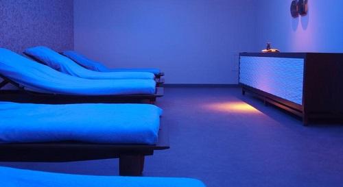 تخت های ماساژ هتل حیاط ریجنسی