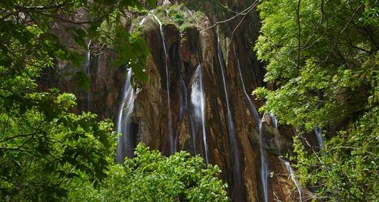 آبشار زیبا و دیدنی مارگون