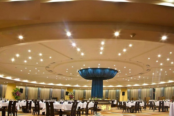 ساخت هتلی تمام گردان در مازندران
