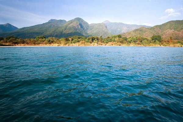 دریاچه تانگانیکا