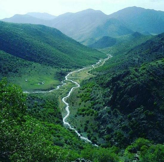 دره ی رویایی تخت شاه در شهرستان الشتر واقع در استان لرستان