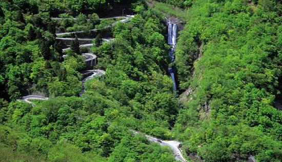 ایروهازاک جاده ایی متفاوت در ژاپن
