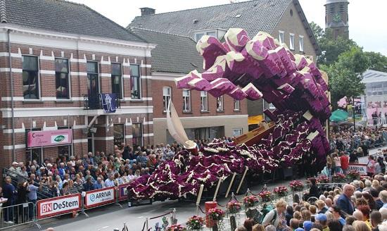 برگزاری بزرگترین رژه گل جهان در هلند