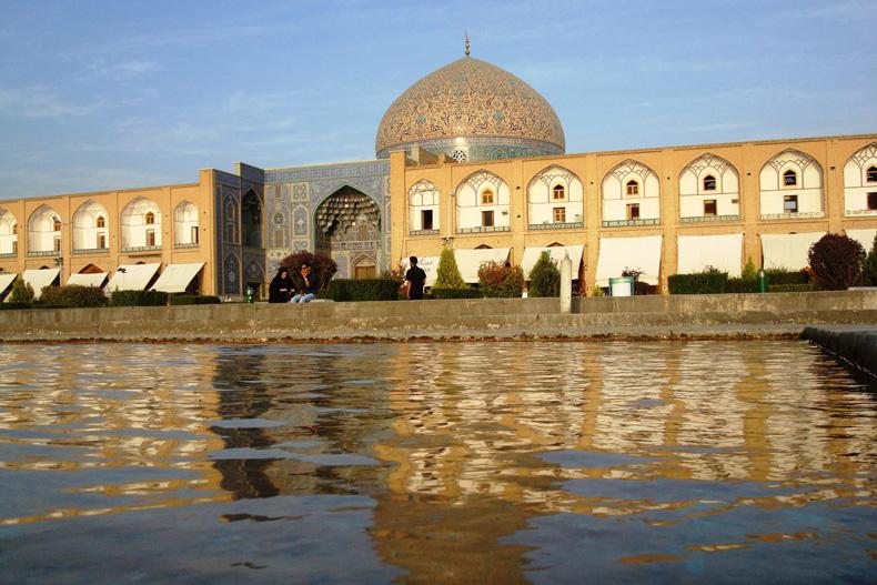 توسعه گردشگری بین ایران و اسپانیا
