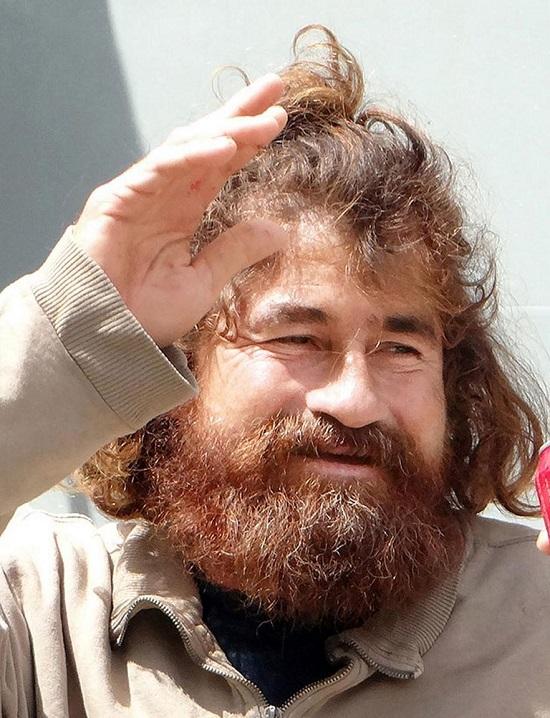 این مرد 438 روز در دریا سرگردان بود