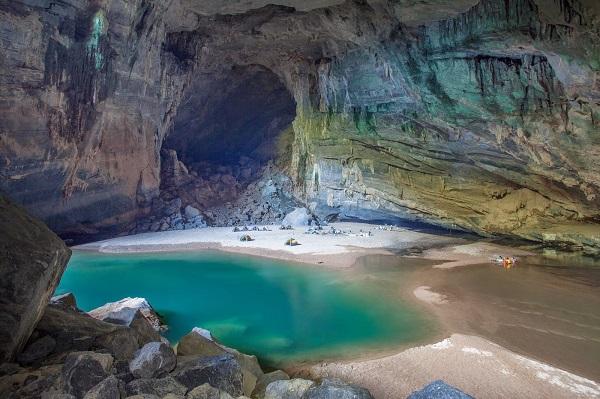 غار بزرگ son doong در ویتنام