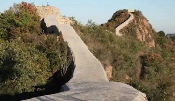 پر کردن عجیب دیوار بزرگ چین با سیمان