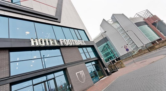 ساخت هتل و کافه توسط ستارگان فوتبال در سنگاپور