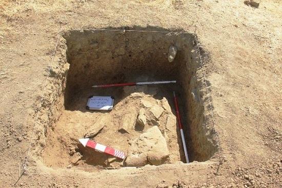 کشف سه گور خمره با بقیای انسانی در مریوان