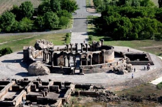 کلیسای تاریخی در ارمنستان
