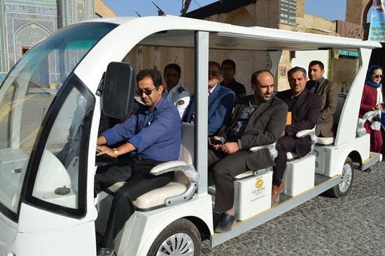 آغاز به کار اولین خودرو برقی گردشگری در یزد
