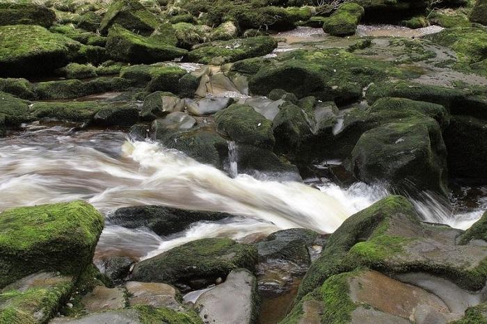 یکی از خطرناکترین نهرهای دنیا