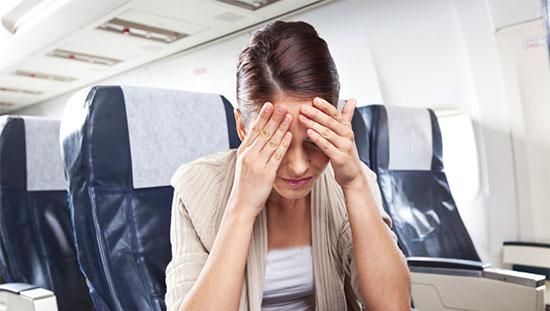 چه دلایلی باعث بیماری و استرس در سفر میشود