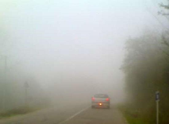 جاده هراز و فیروزکوه دچار مه گرفتگی شدید شد