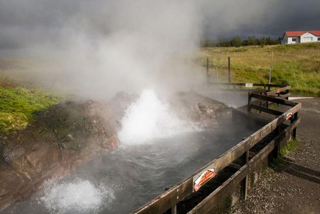 بزرگترین چشمه آب گرم در جهان را بشناسید