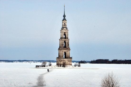 برج ناقوس کلیسای جامع نیکولسکی Nikolsky