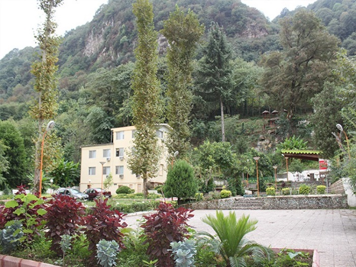 هتل فجر لاهیجان (سه ستاره)
