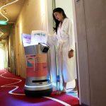 ربات ها مهمانداران جدید هتل ها