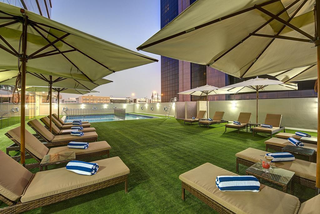 هتل رویال کانتیننتال دبی