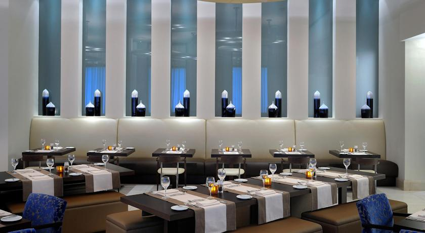هتل نووتل دبی