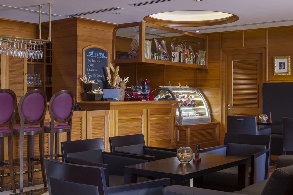 هتل هیلتون جمیرا بیچ دبی