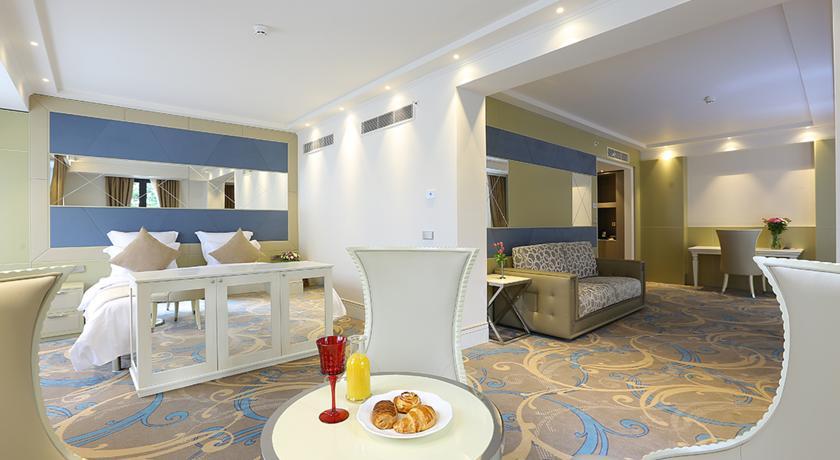 هتل آمباسادوری