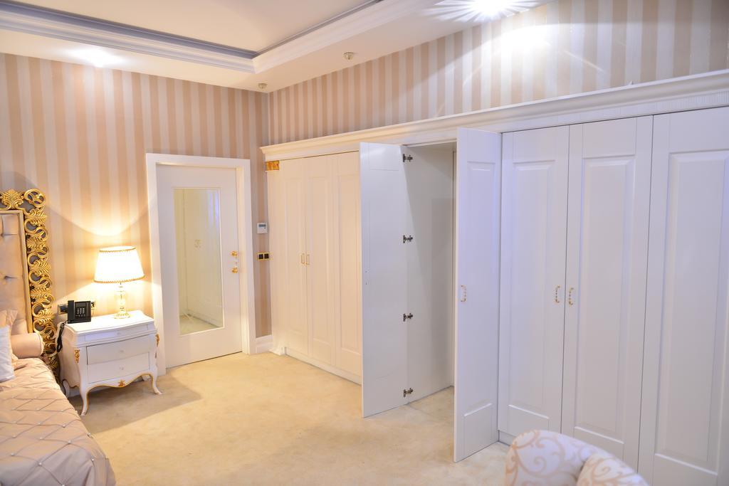 هتل لیک پالاس