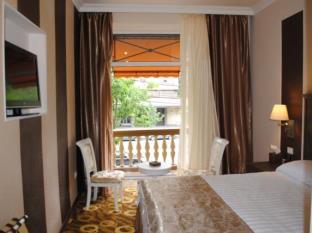 هتل امپریال پالاس
