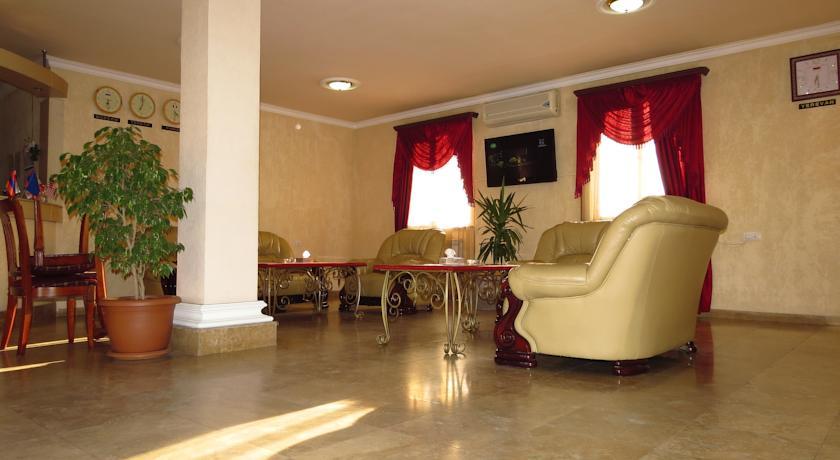 هتل وایت هاوس ایروان