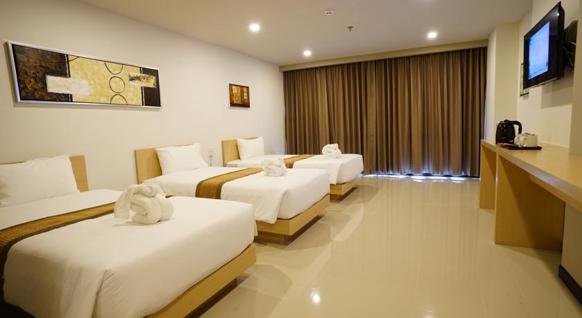 هتل بیستون