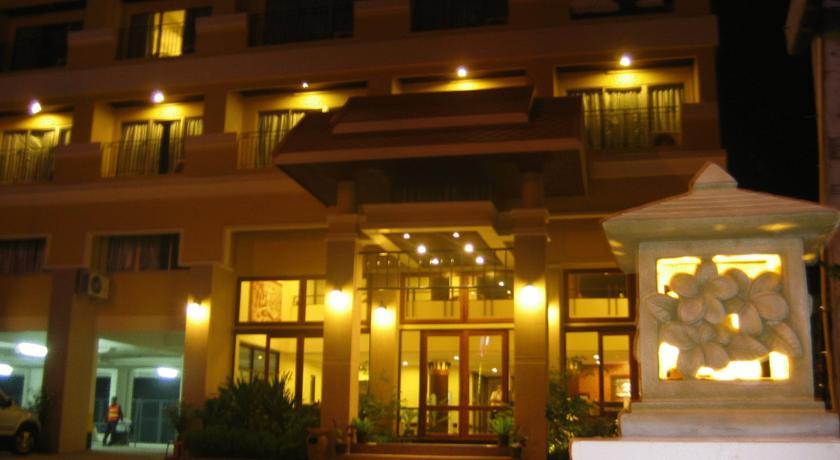 هتل پیادا رزیدنس
