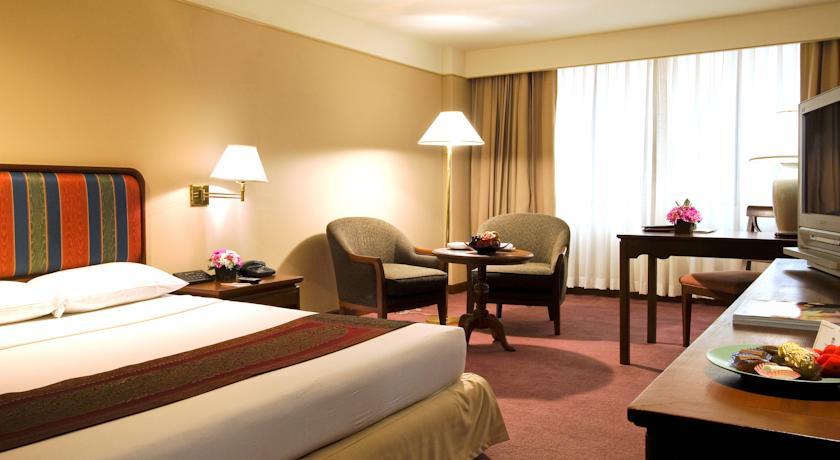 هتل تویین تاور بانکوک